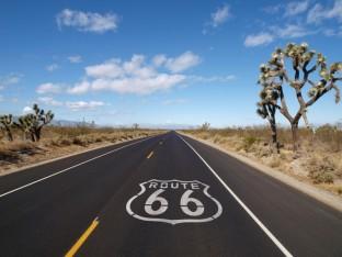 Lekker route 66 afrijden in je cabrio......